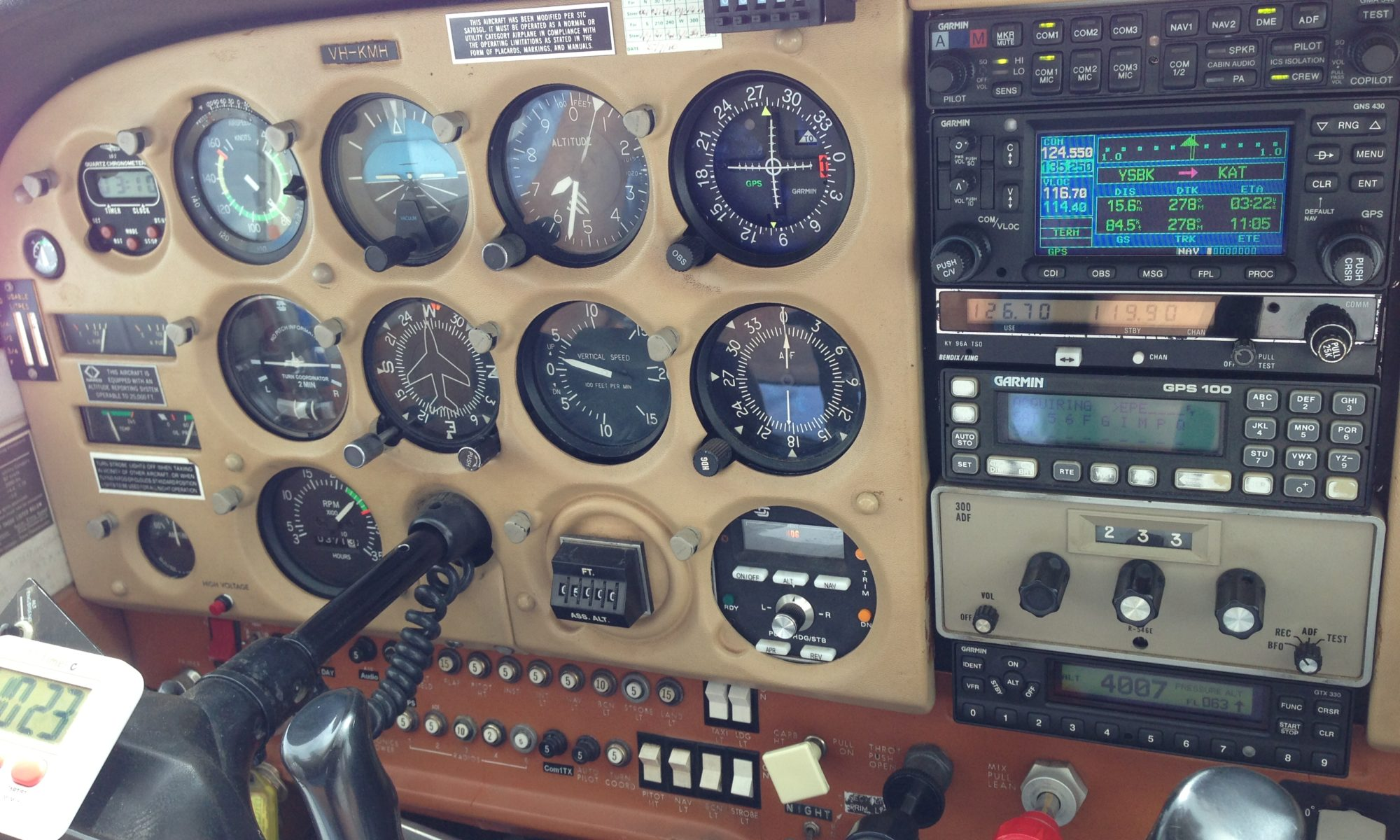 Cessna 172 instrument panel on KMH